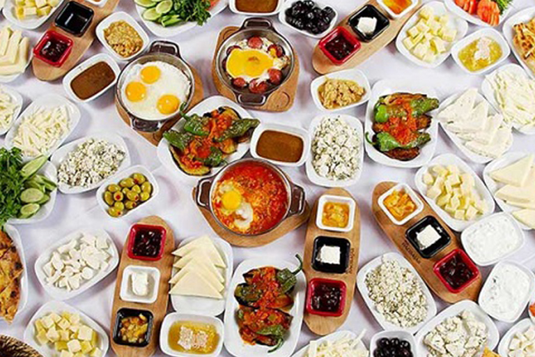 صبحانه های شهر وان | مهاجر سیر ایرانیان
