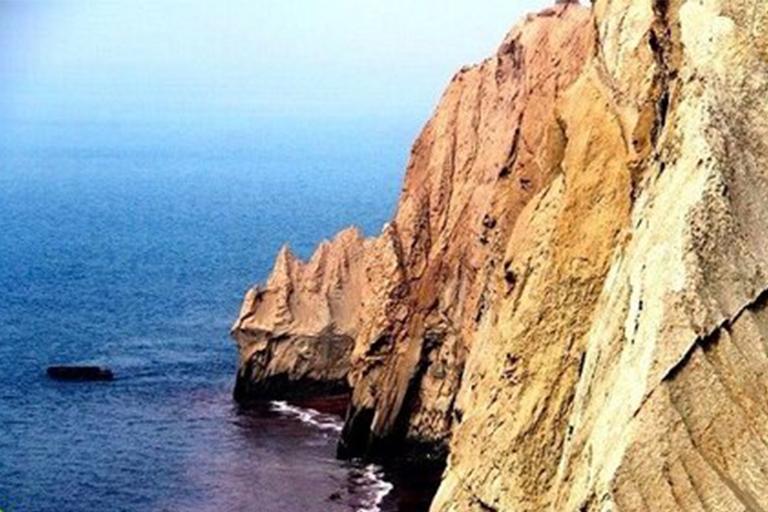 جاذبه های گردشگری جزیره هنگام| سنگ مادر و دختر جزیره هنگام | مهاجر سیر ایرانیان