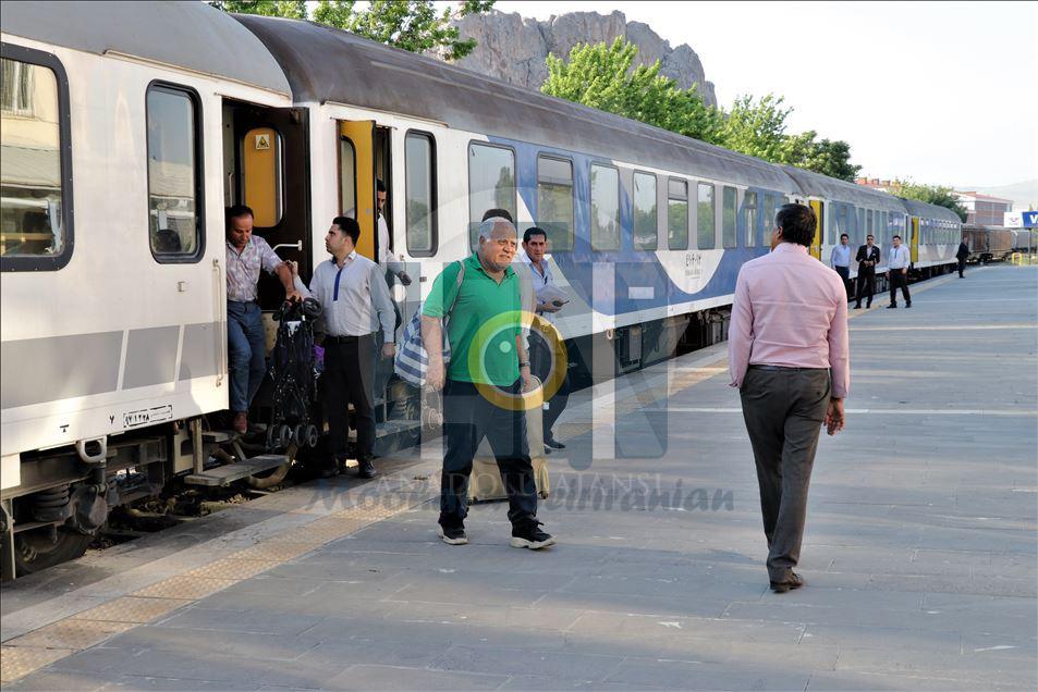 قطار تهران وان | قطار تهران به ترکیه | مهاجر سیر ایرانیان