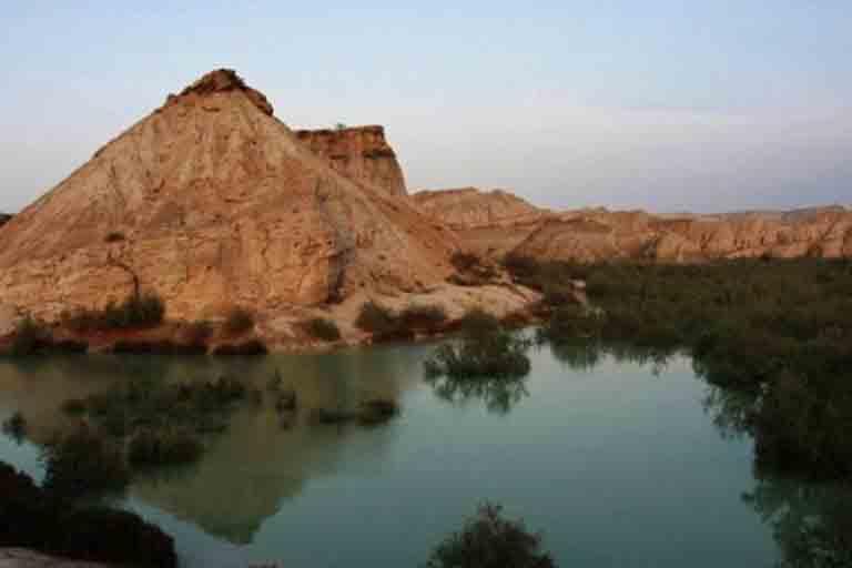 جاذبه های گردشگری جزیره قشم | سد گوران | مهاجر سیر ایرانیان